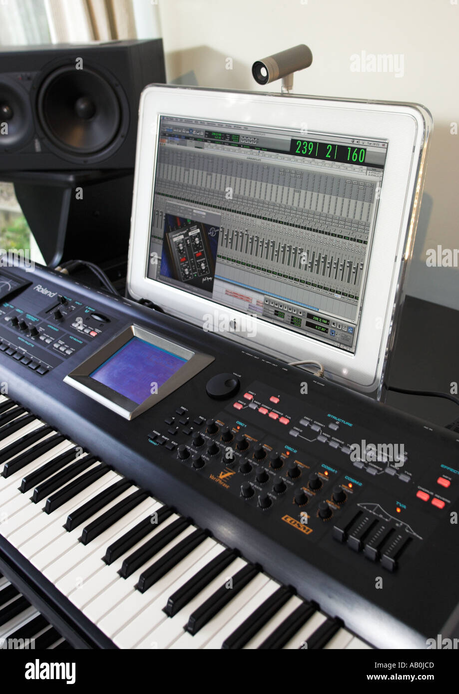 Software Synthesizer Stock Photos & Software Synthesizer