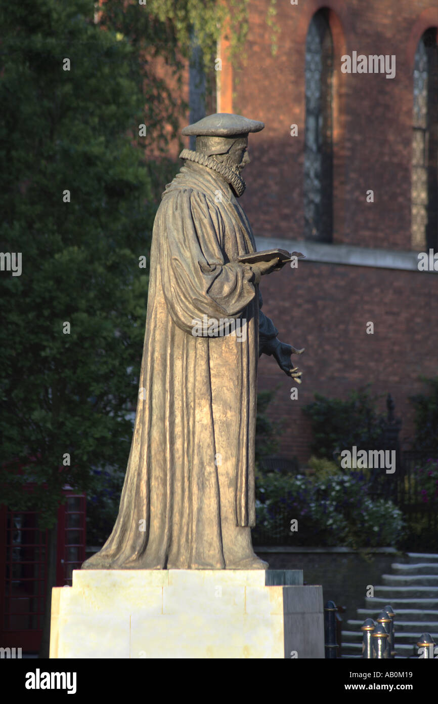 George Abbot Statue - Stock Image