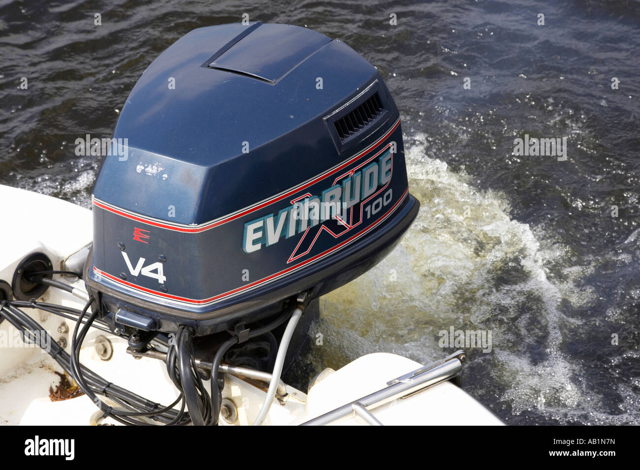 Dating evinrude outboards
