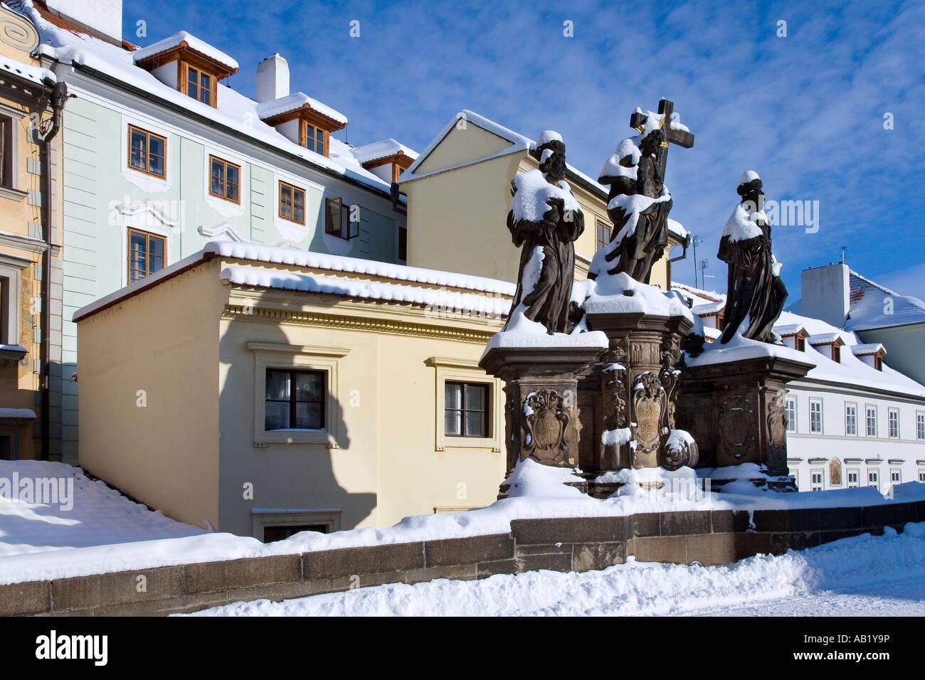 Karluv most sv Kosma Damian a Salvator Mala Strana Praha UNESCO Ceska republika - Stock Image