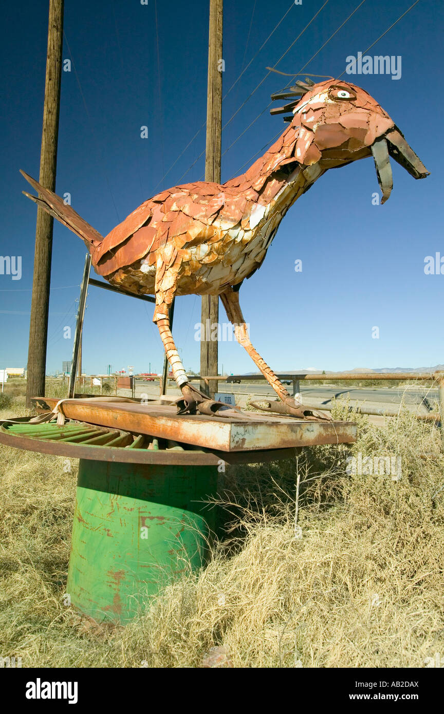 Roadside bird made out of scrap metal along route 54 in Southern New Mexico - Stock Image
