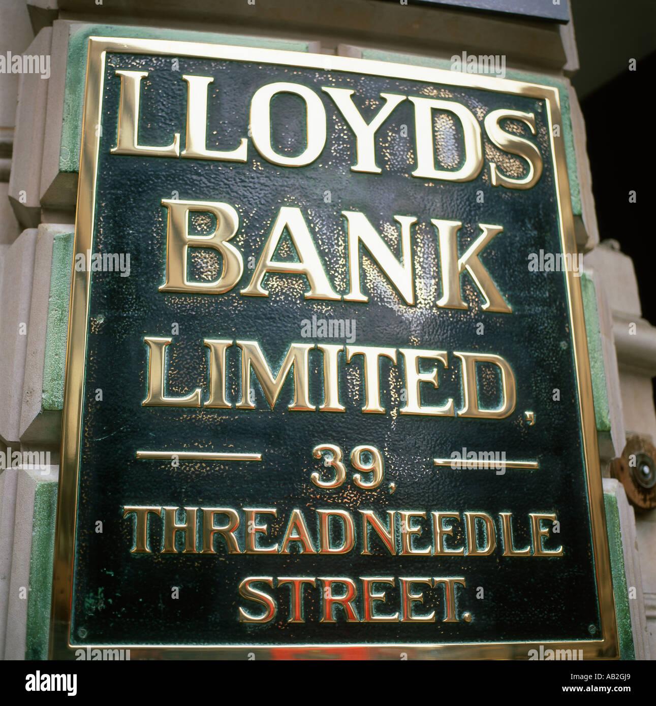 Brass Lloyds Bank sign, 39 Threadneedle Street, City of London, England, UK - Stock Image