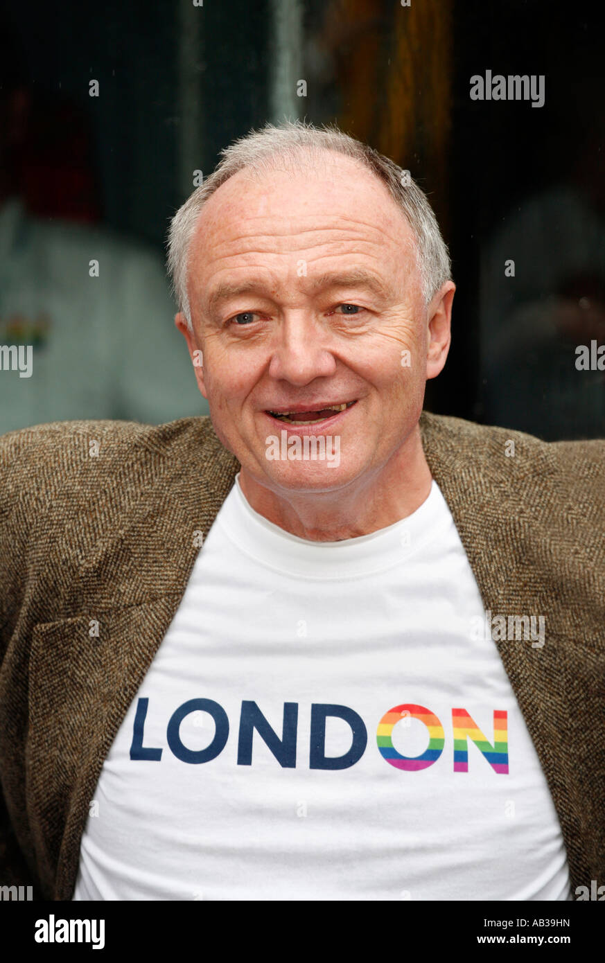 Mayor of London Ken Livingstone at the 2007 London Gay Pride March - Stock Image