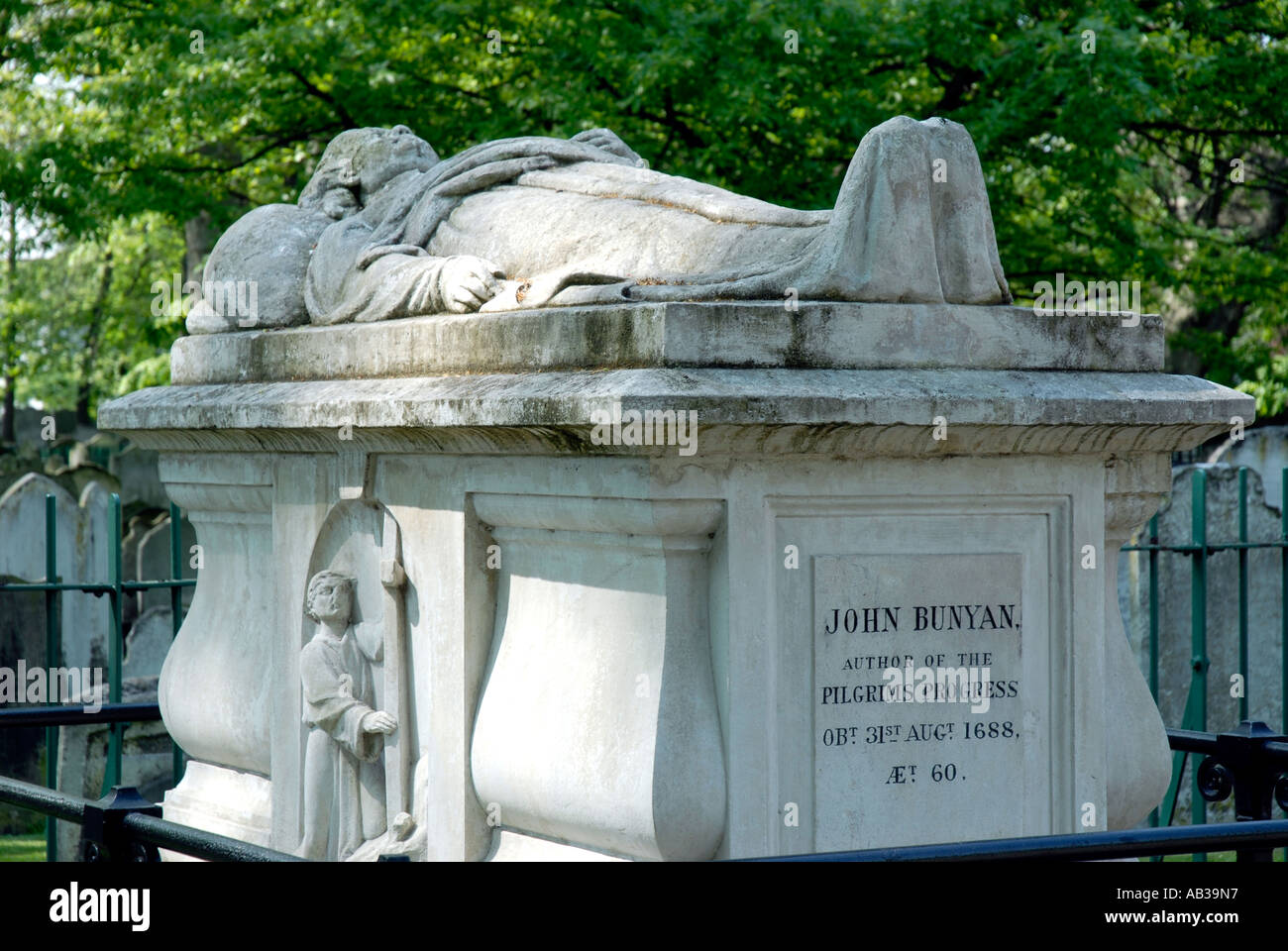 John Bunyan gravestone in Bunhill Fields Cemetery London Borough of Islington - Stock Image