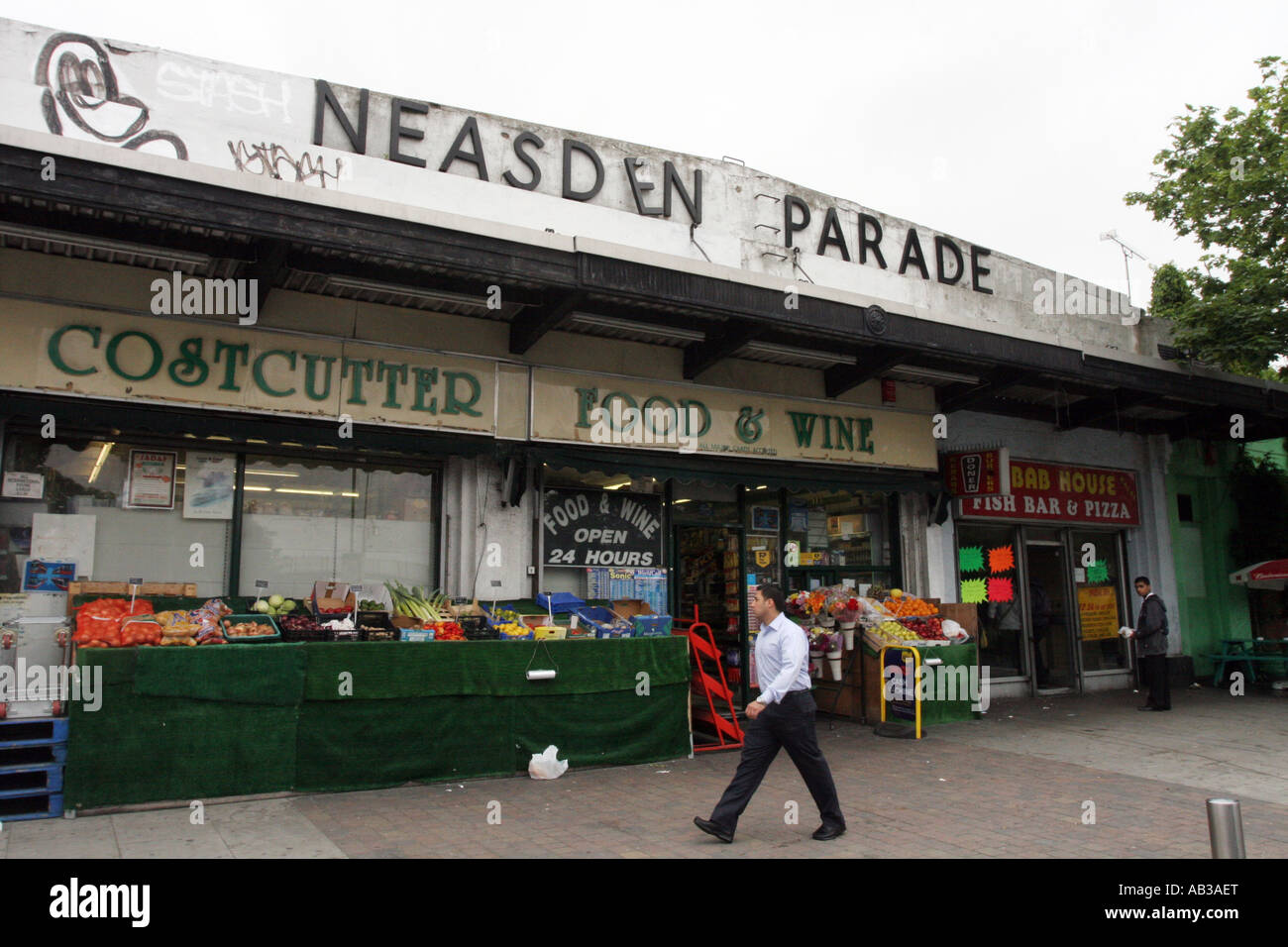 Neasden Shopping Parade, North west London - Stock Image