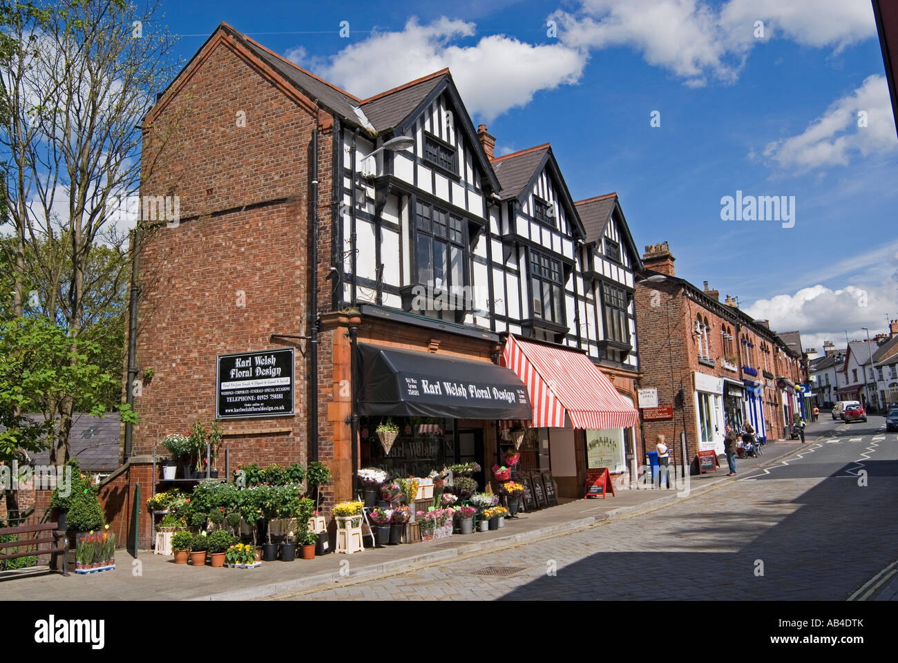 Shop in the historic in the historic village of Lymm in Cheshire - Stock Image