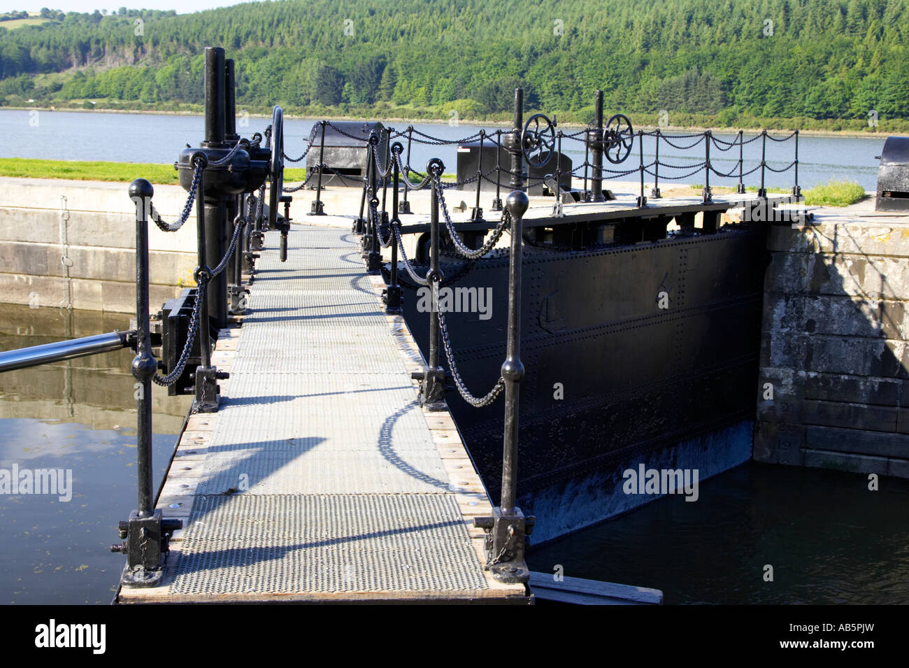 newry ship canal lock gates and controls at the newly refurbished victoria lock at carlingford lough - Stock Image