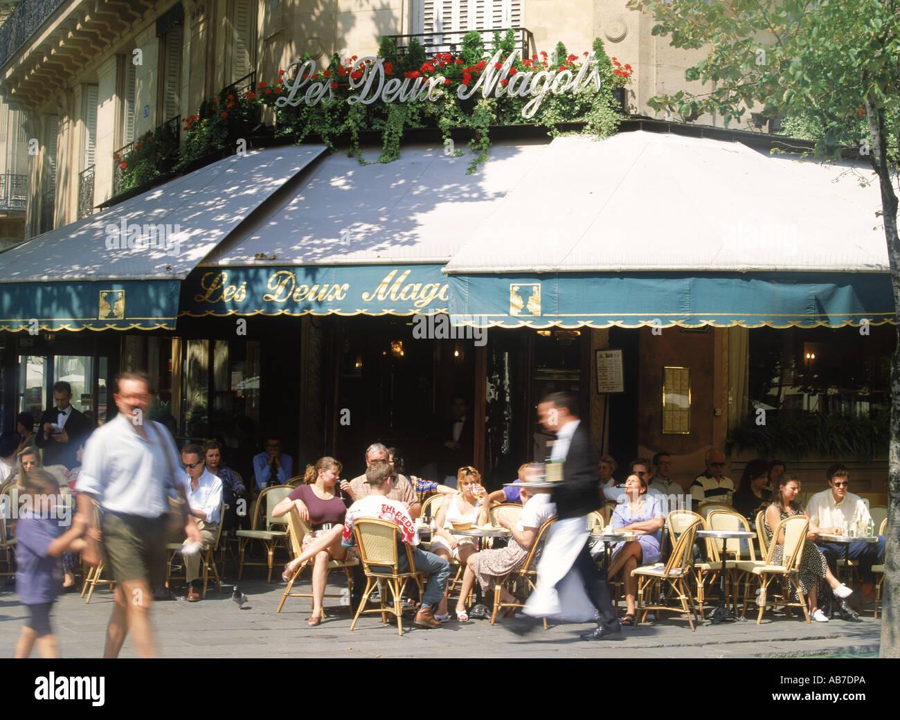 Cafe Les Deux Magots on St. Germain on the Paris Left Bank - Stock Image