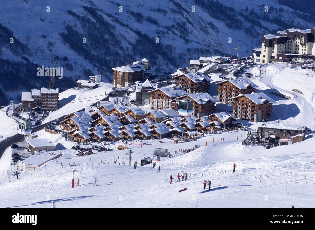 French ski resort Les Mnuires, bird's eye view, France, Rhne-Alpes, Les Mnuires. - Stock Image