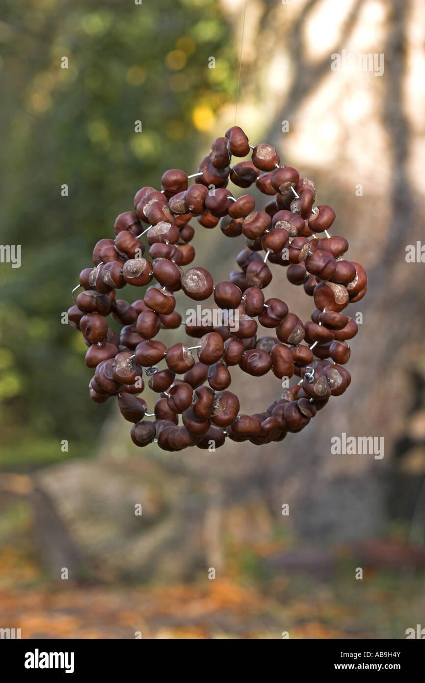 Handicrafts from chestnuts 33