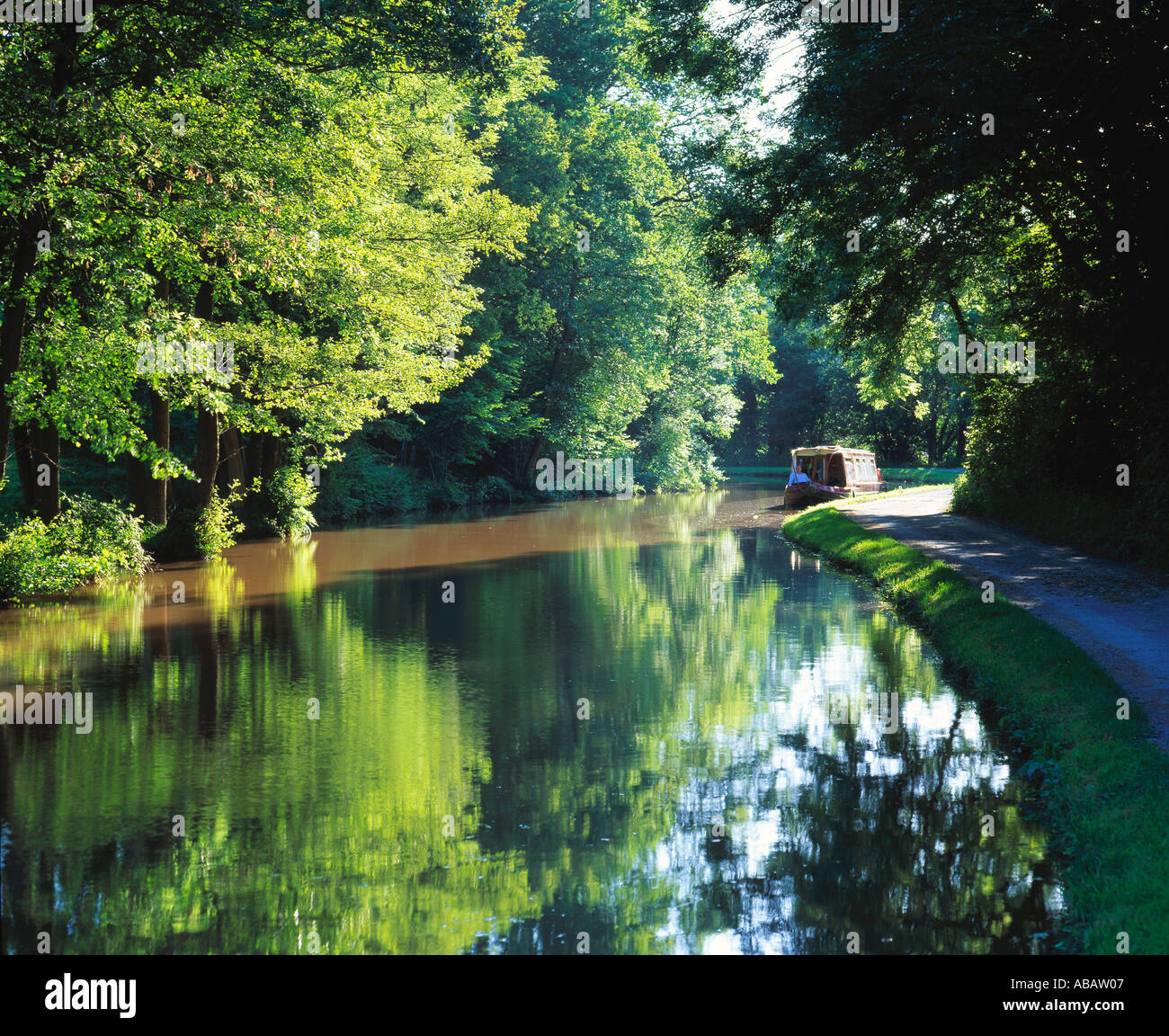 GB WALES MONMOUTHSHIRE BRECON BEACONS NATIONAL PARK BRECON CANAL AT TALYBONT ON USK - Stock Image