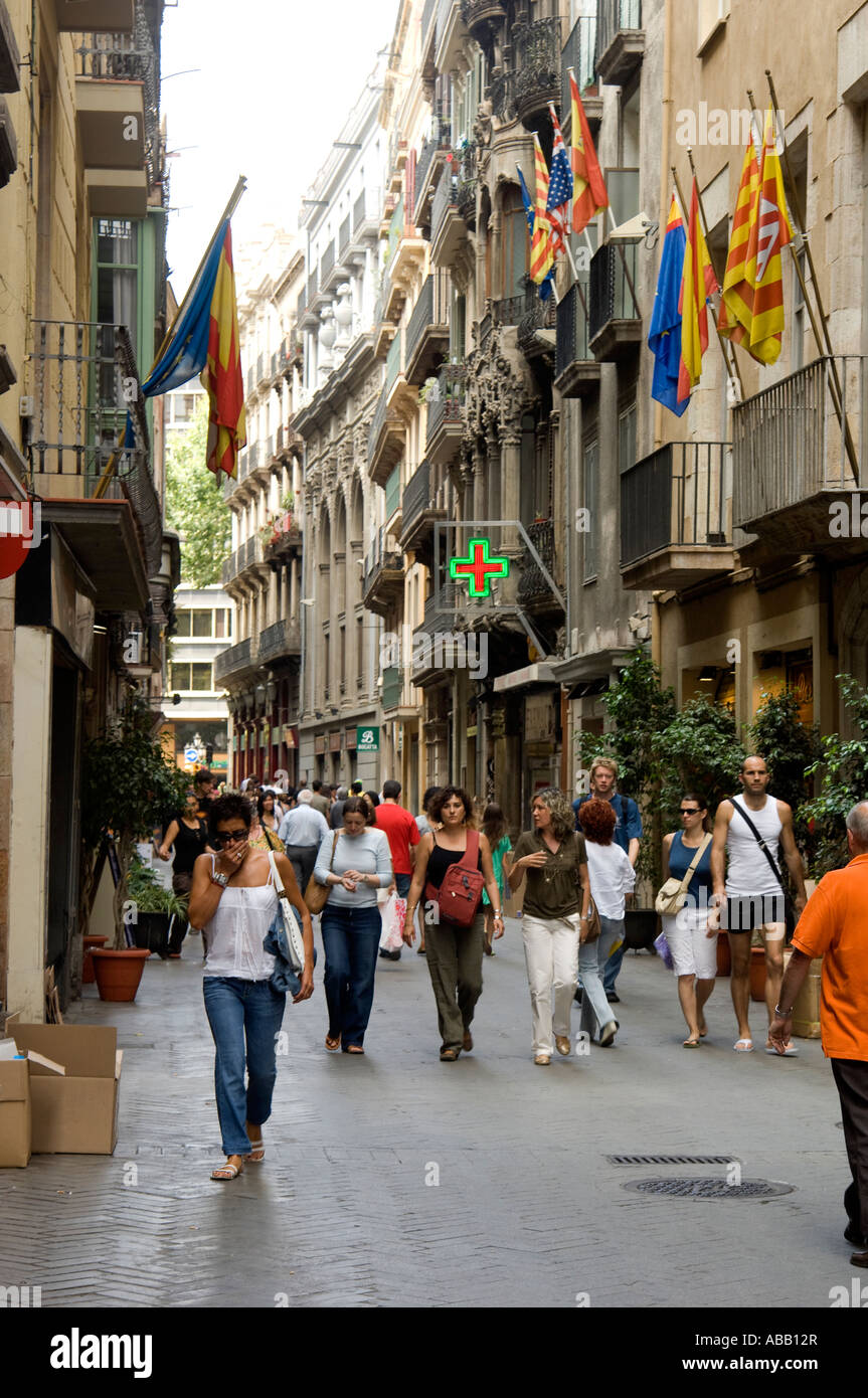 Spain. Barcelona. Busy shopping street Carrer Santa Ana in the old ...