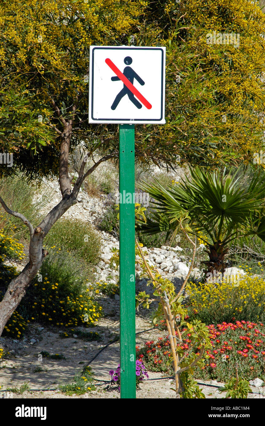 No trespassing, prohibition sign, symbol, graphics, people, Calpe, Costa Blanca, Spain - Stock Image