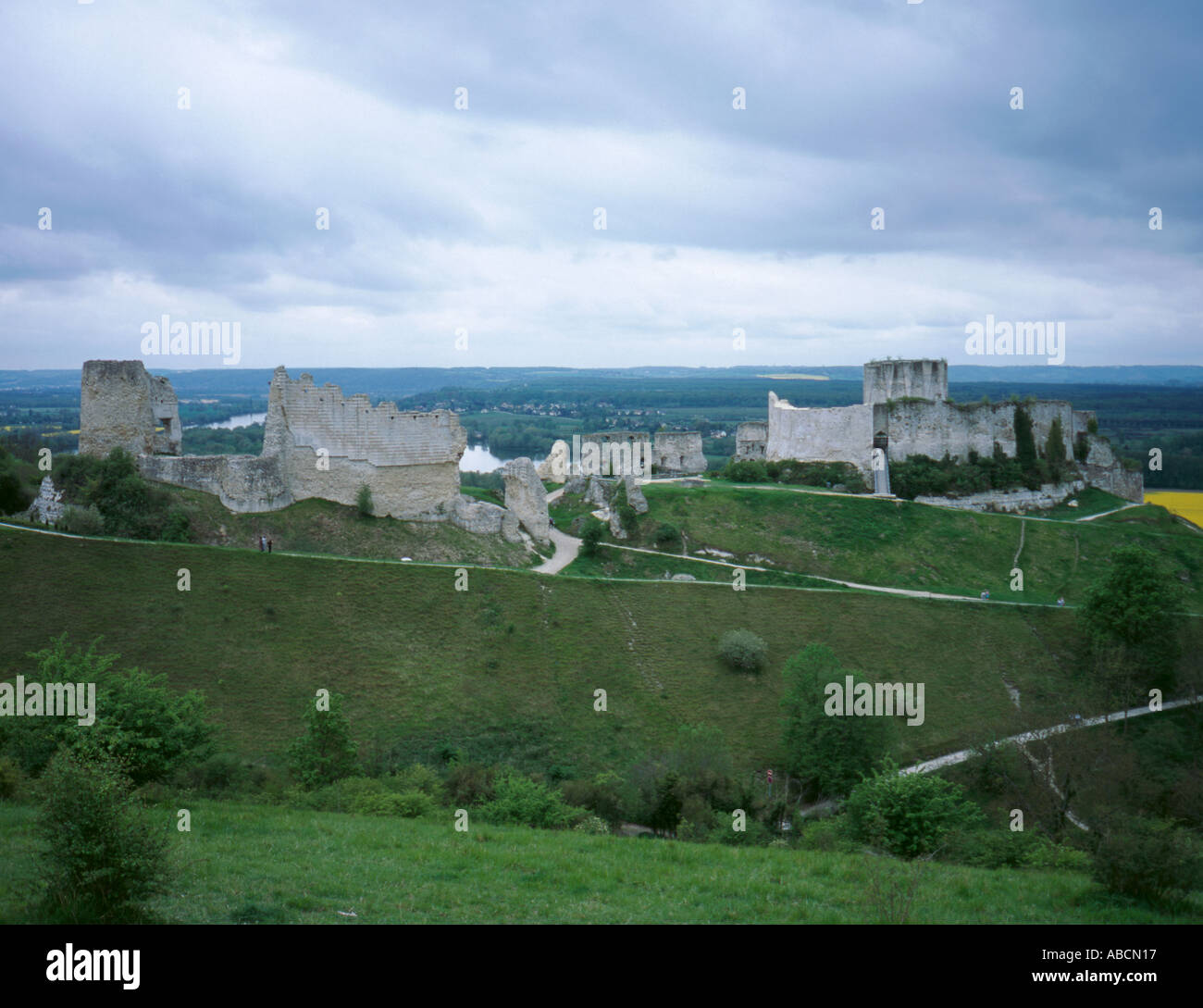 Ruins Of Chateau Gaillard With River Seine Beyond Les Andelys Stock Photo Alamy