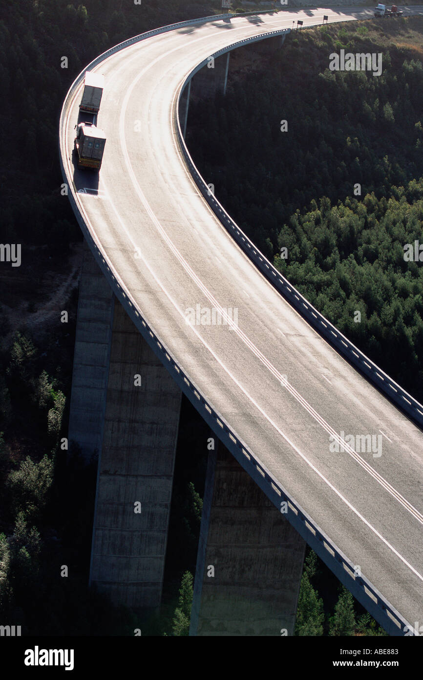 A curve on a suspended motorway - Stock Image