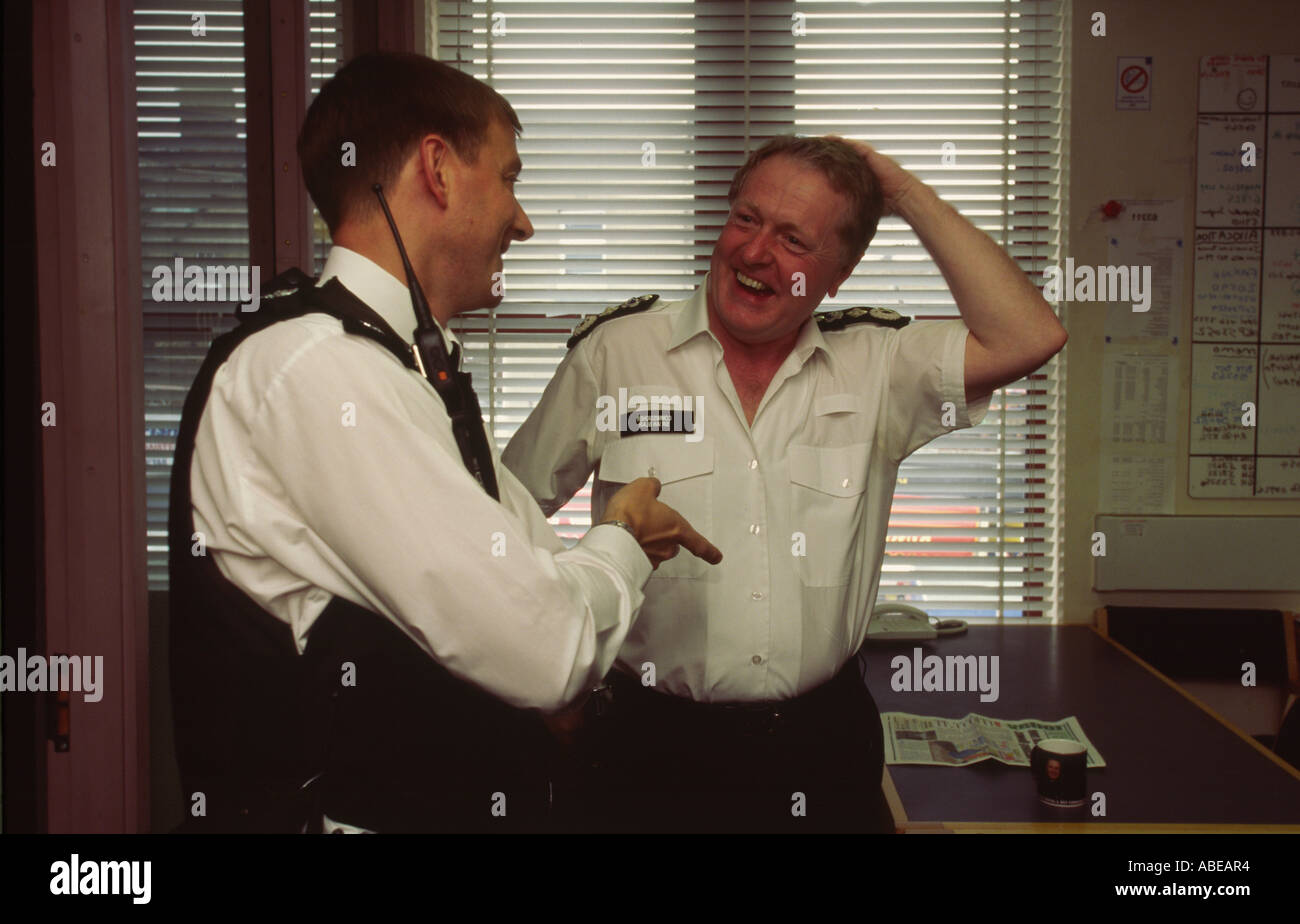 Sir Ian Blair Metropolitan Police Commissioner at a meeting at a police station in Dalston Hackney London UK Stock Photo