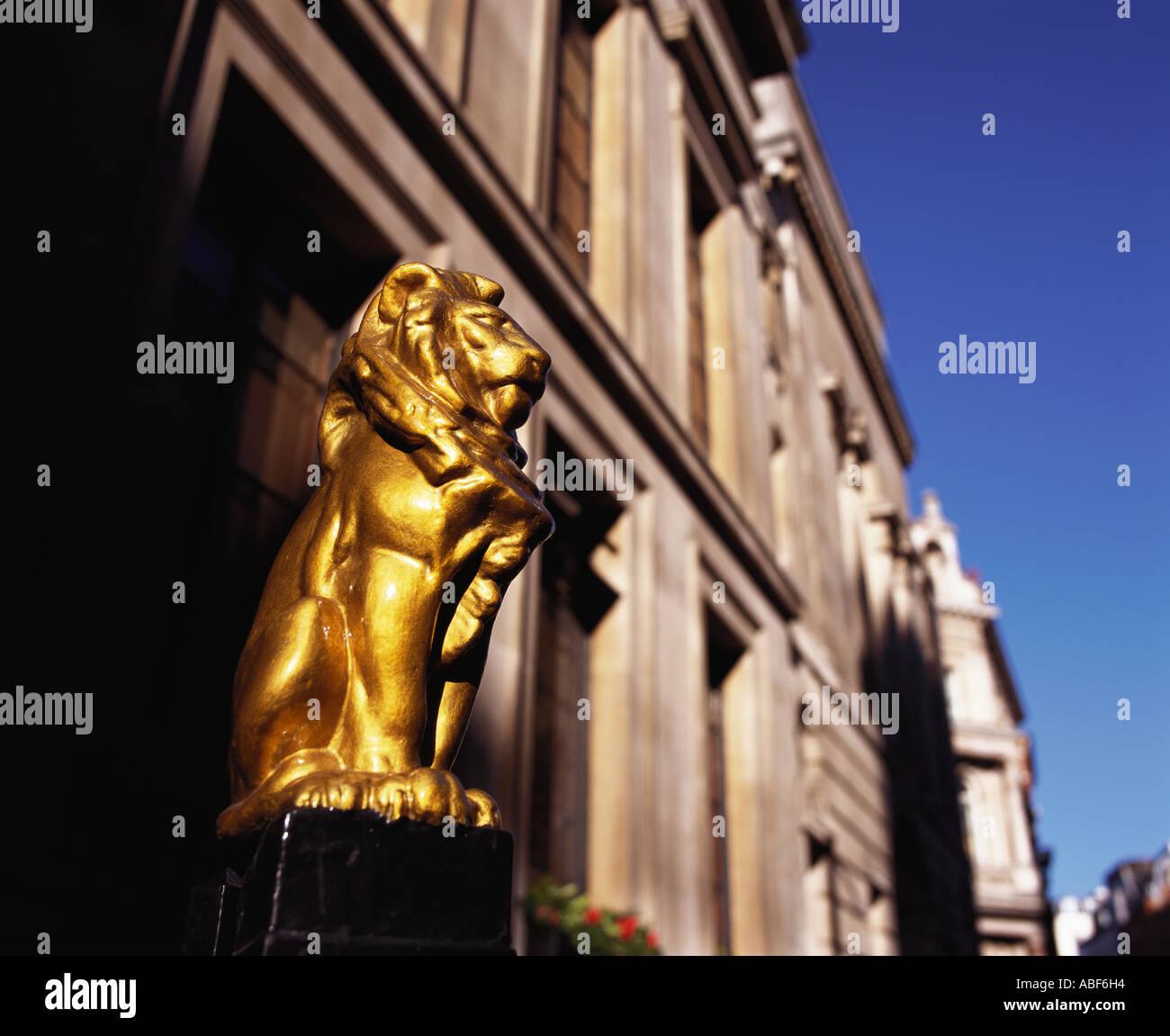 Gilded lion outside Law Society Halls Nr Inns of Court Chancery Lane London england uk united kingdom britain europe eu - Stock Image