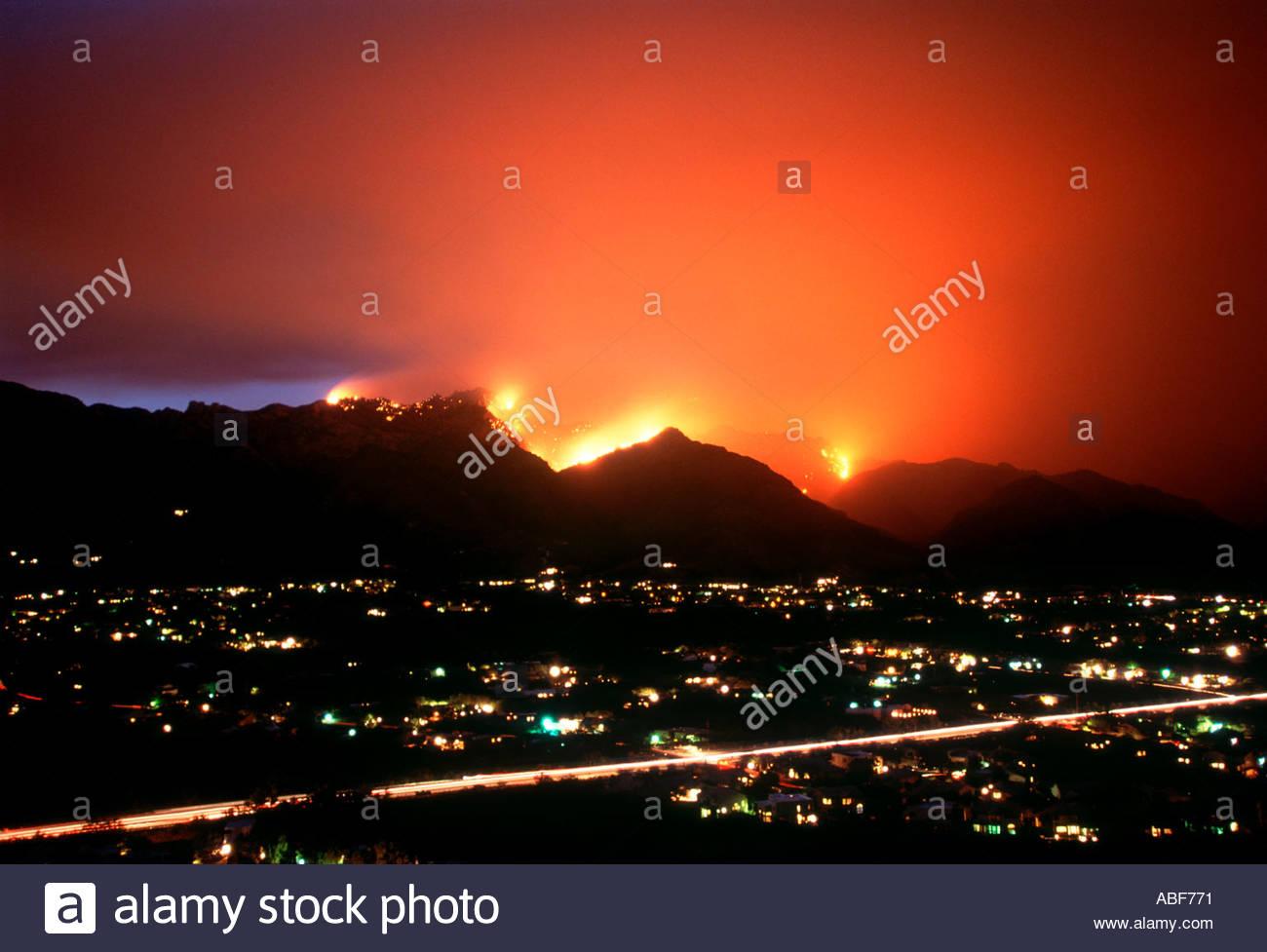 Aspen Fire Burns in the Santa Catalina Mountain Range endangering homes in the foothills of Tucson Arizona 2003 - Stock Image