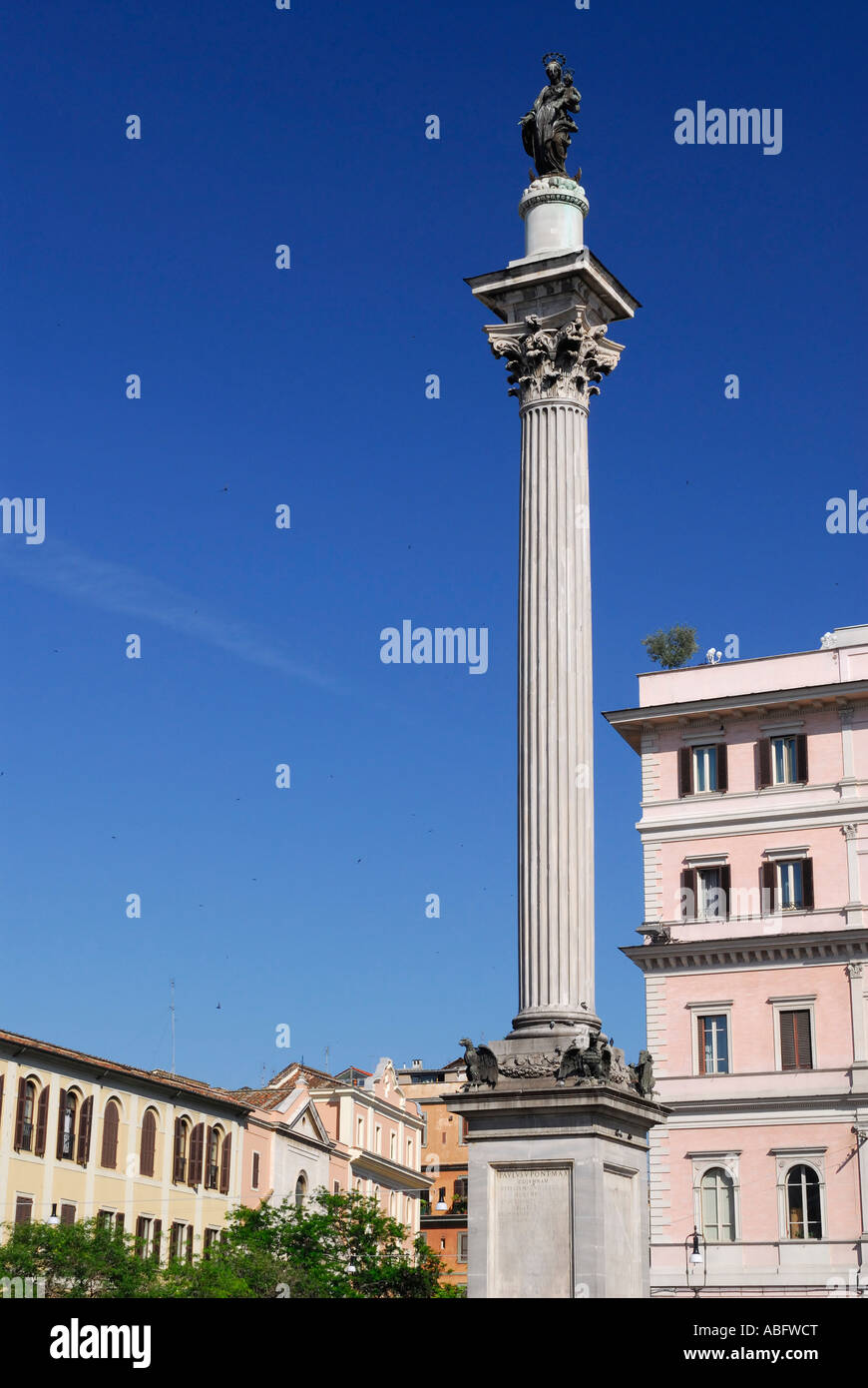Vertical of Marian column in the Piazza at Santa Maria Maggiore Rome Italy - Stock Image