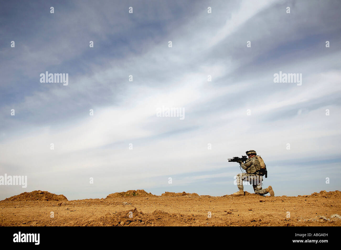 U.S. Army Sergeant provides security during a patrol of the Riyahd village in Iraq March 8, 2007. - Stock Image