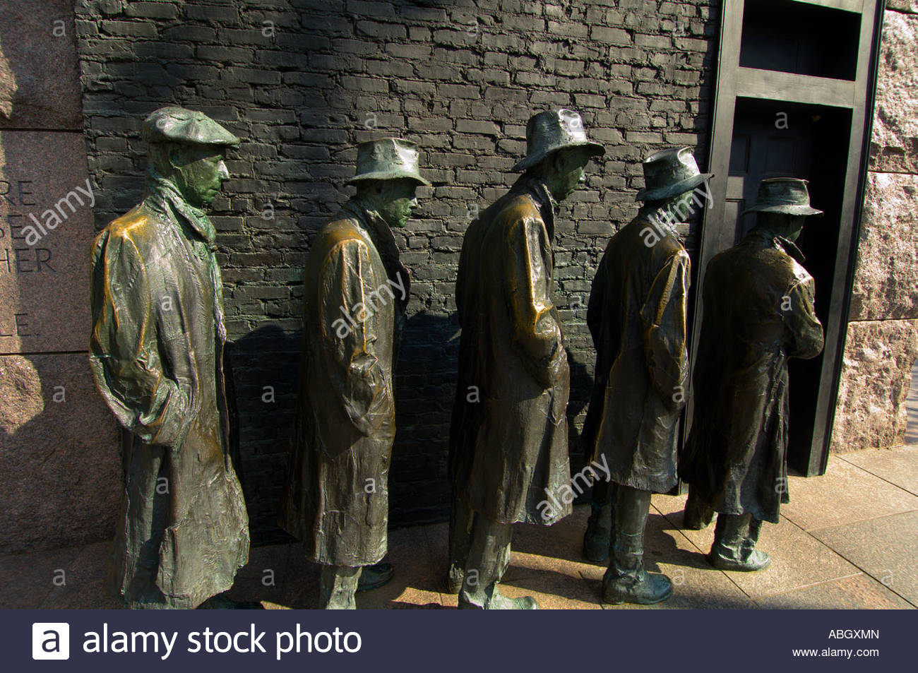 Sculptures of men in a bread line during the Great Depression Franklin D Roosevelt Memorial Washington District - Stock Image