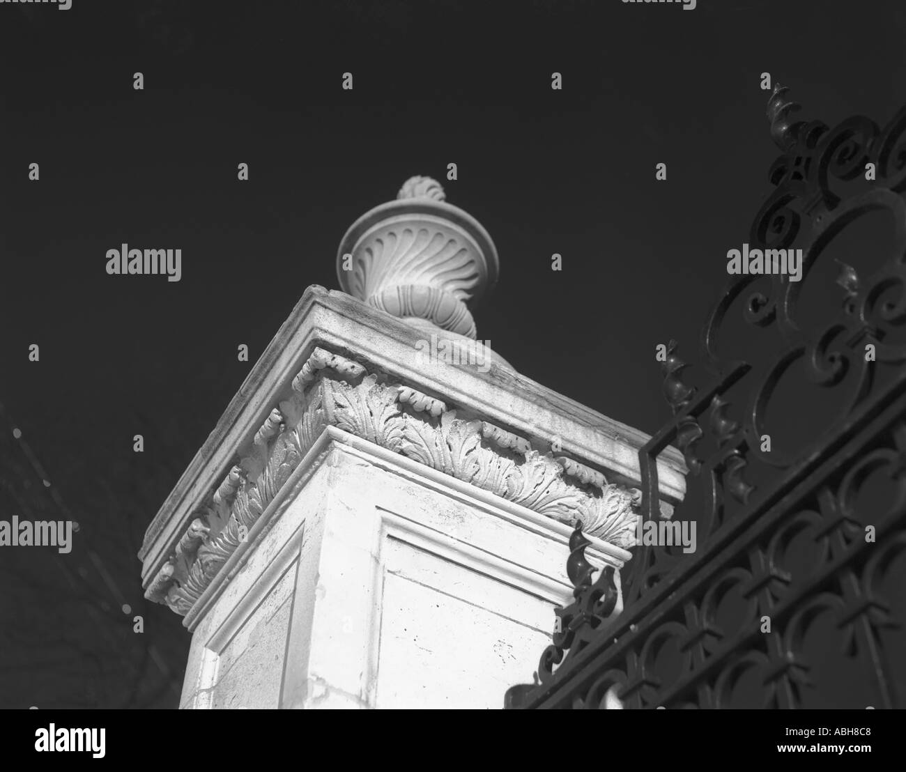 gate at the chelsea pensioners london in black and white - Stock Image
