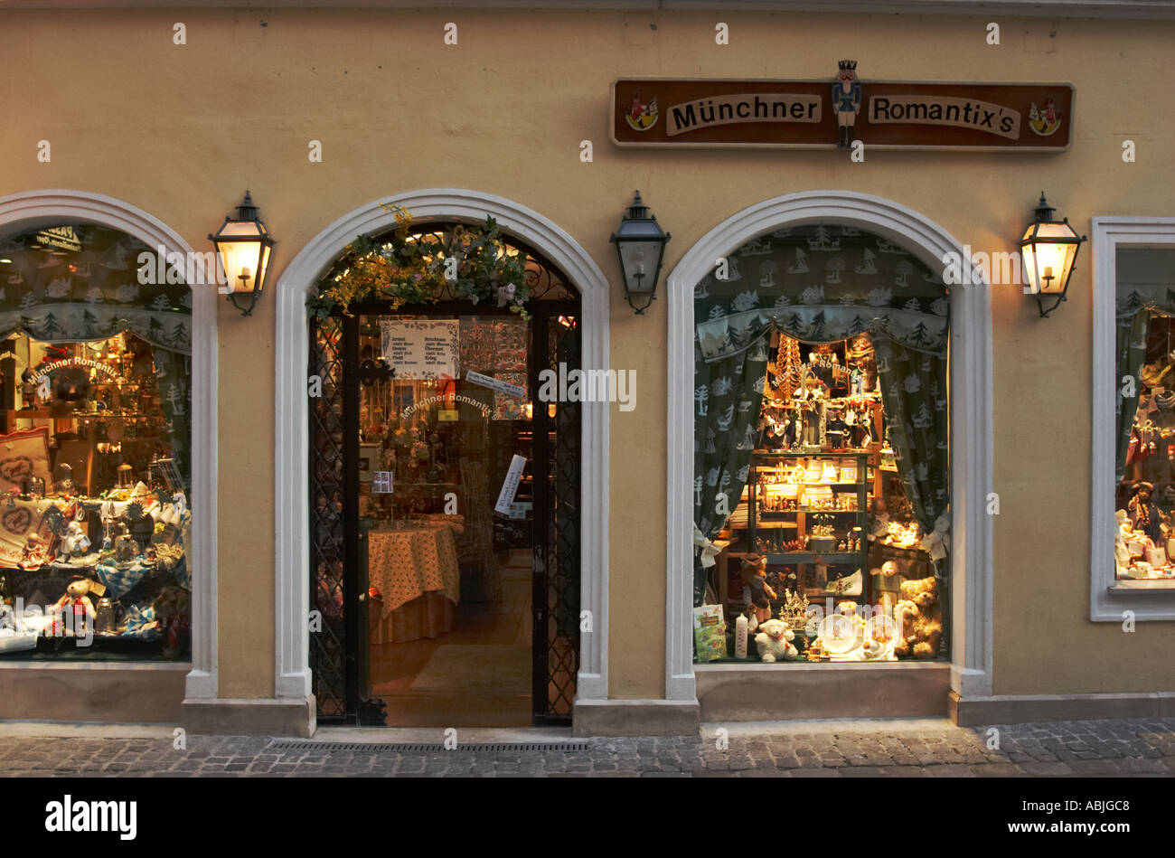 Windows of a souvenir shop near Platzl square in Munich. Germany. - Stock  Image