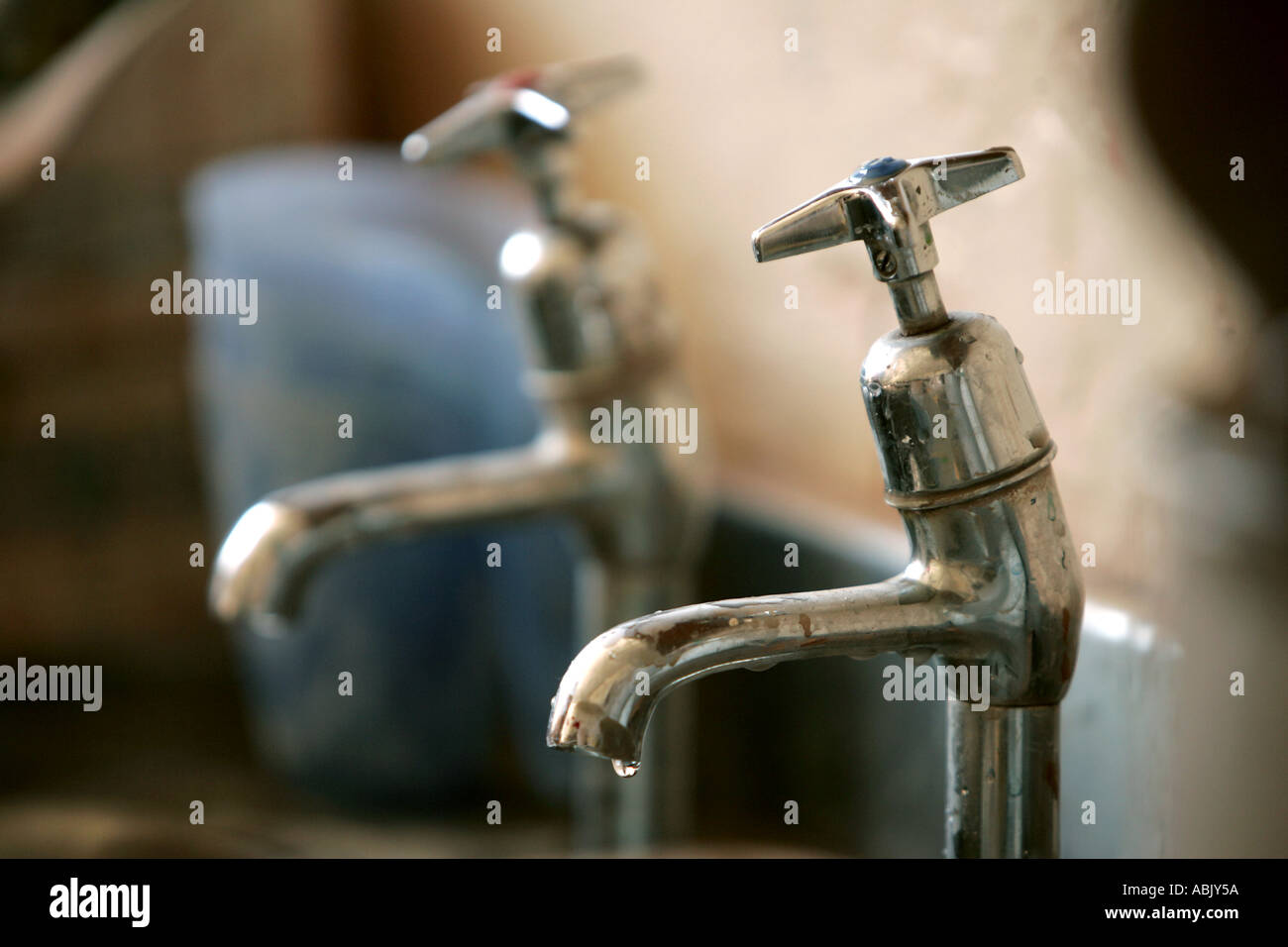 tap 2 two separate taps hot cold water old design past selective ...