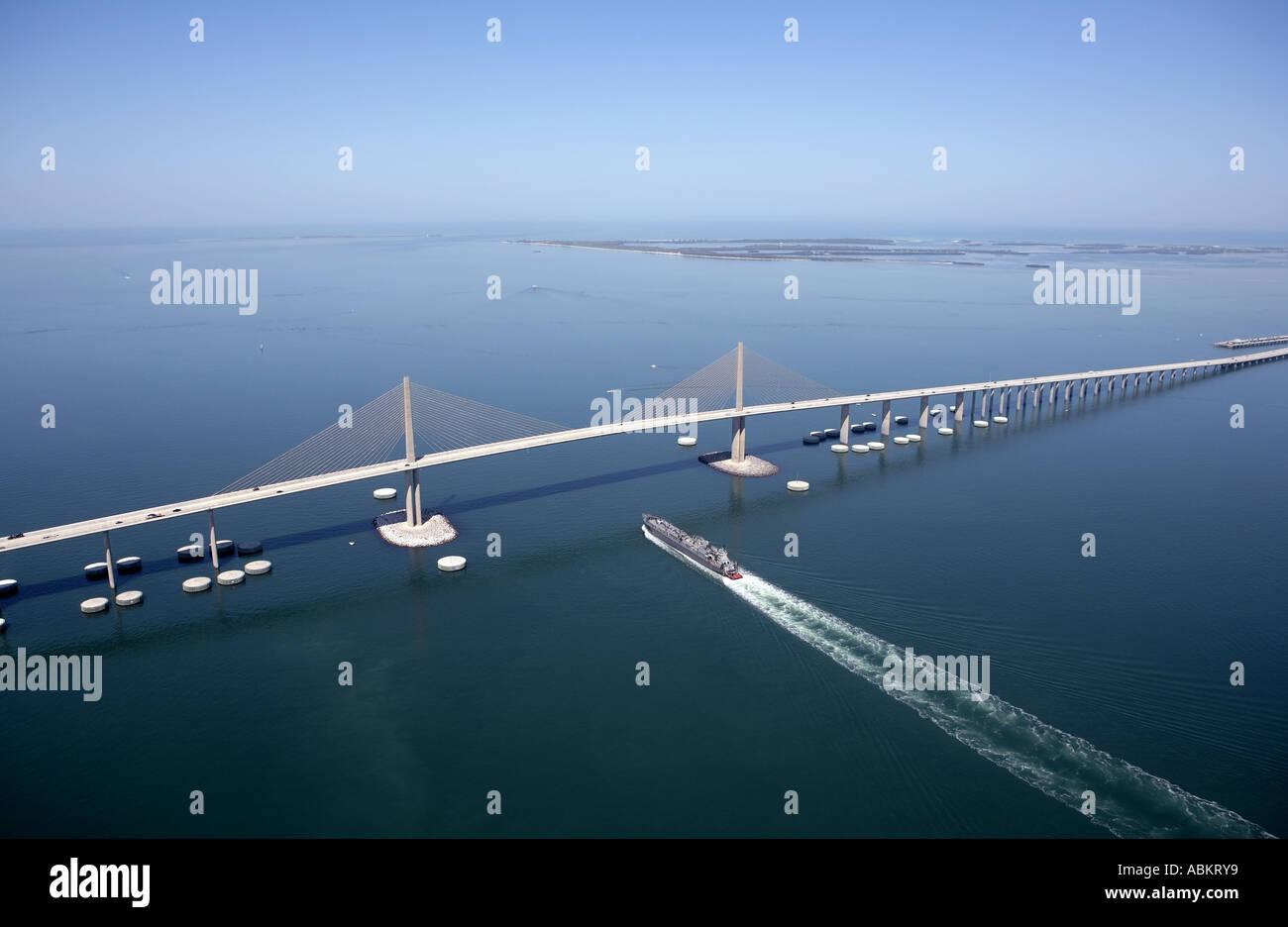 Sunshine Skyway Bridge Stock Photos Amp Sunshine Skyway Bridge Stock Images Alamy