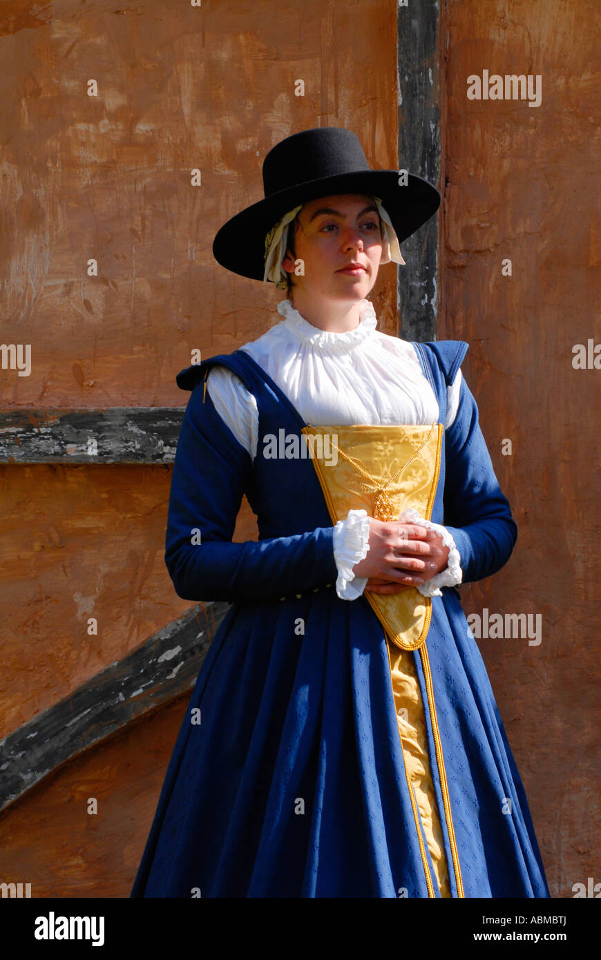 Re enactor dressed as a middle class Elizabethan - Stock Image