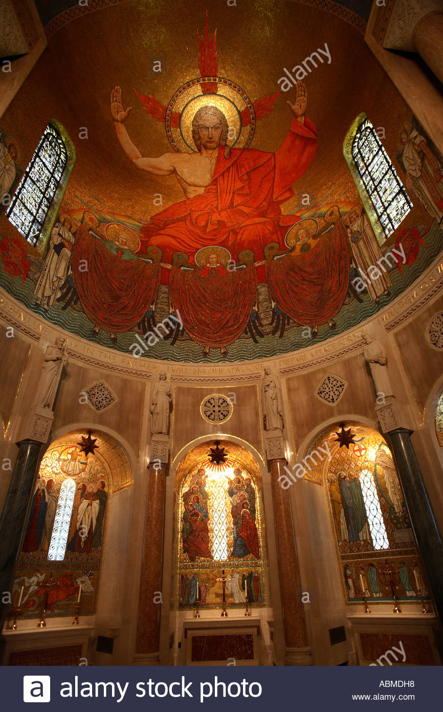 Mosaic of Jesus above and behind the main altar at the National Shrine of the Immaculate Conception in Washington Stock Photo