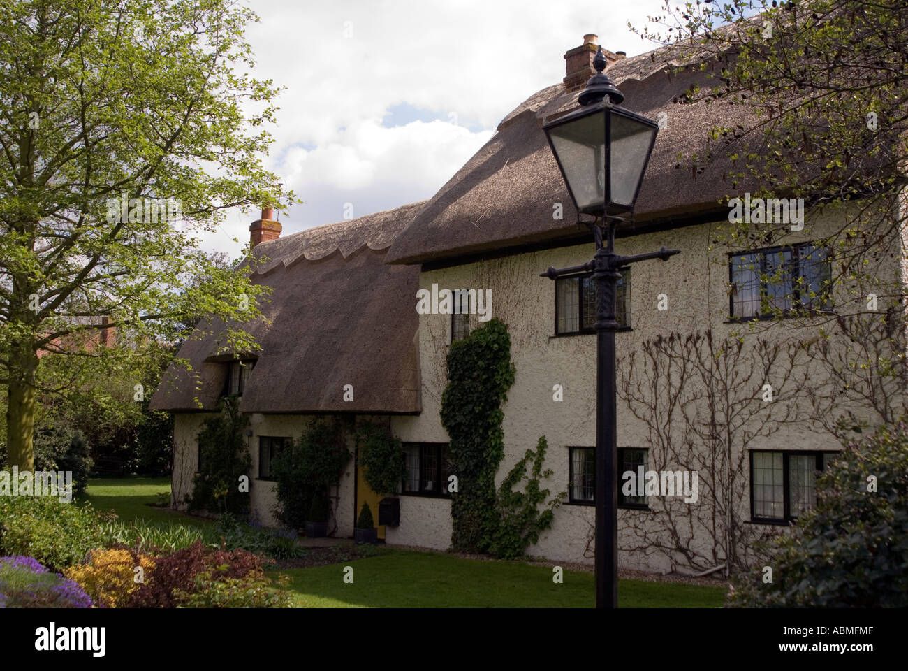 A traditional country house in Milton Keynes Village - Stock Image