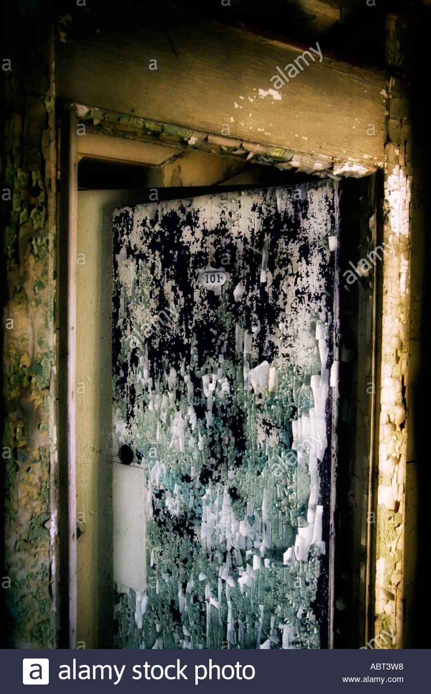 Room 101 in Abandoned Albion Hotel Asbury Park New Jersey in February 2001 before being destroyed demolished later in the year - Stock Image