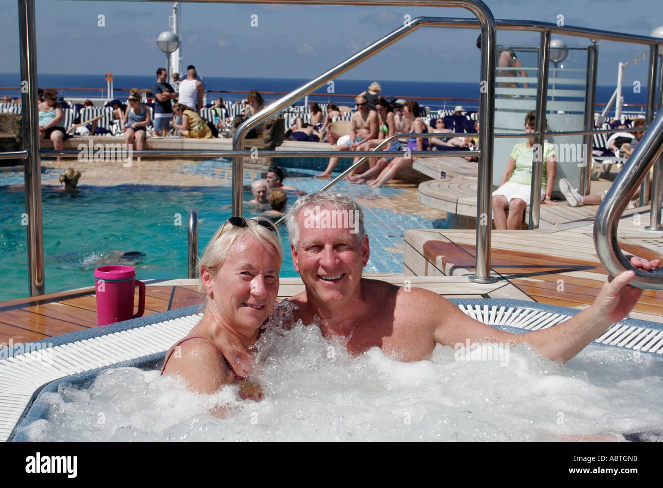 New York Atlantic Ocean Holland America Line ms Noordam Lido Deck Aft Pool sauna couple Stock Photo