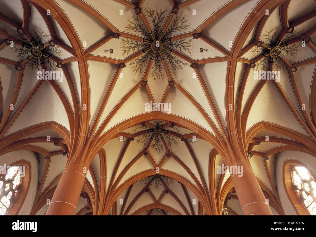 Klotten, Pfarrkirche St. Maximin, Gewölbe im Nordchor, Blick nach Süden - Stock Image