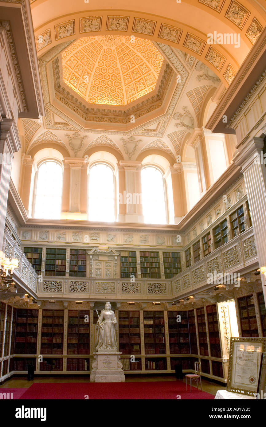 england oxfordshire woodstock blenheim palace interior long library