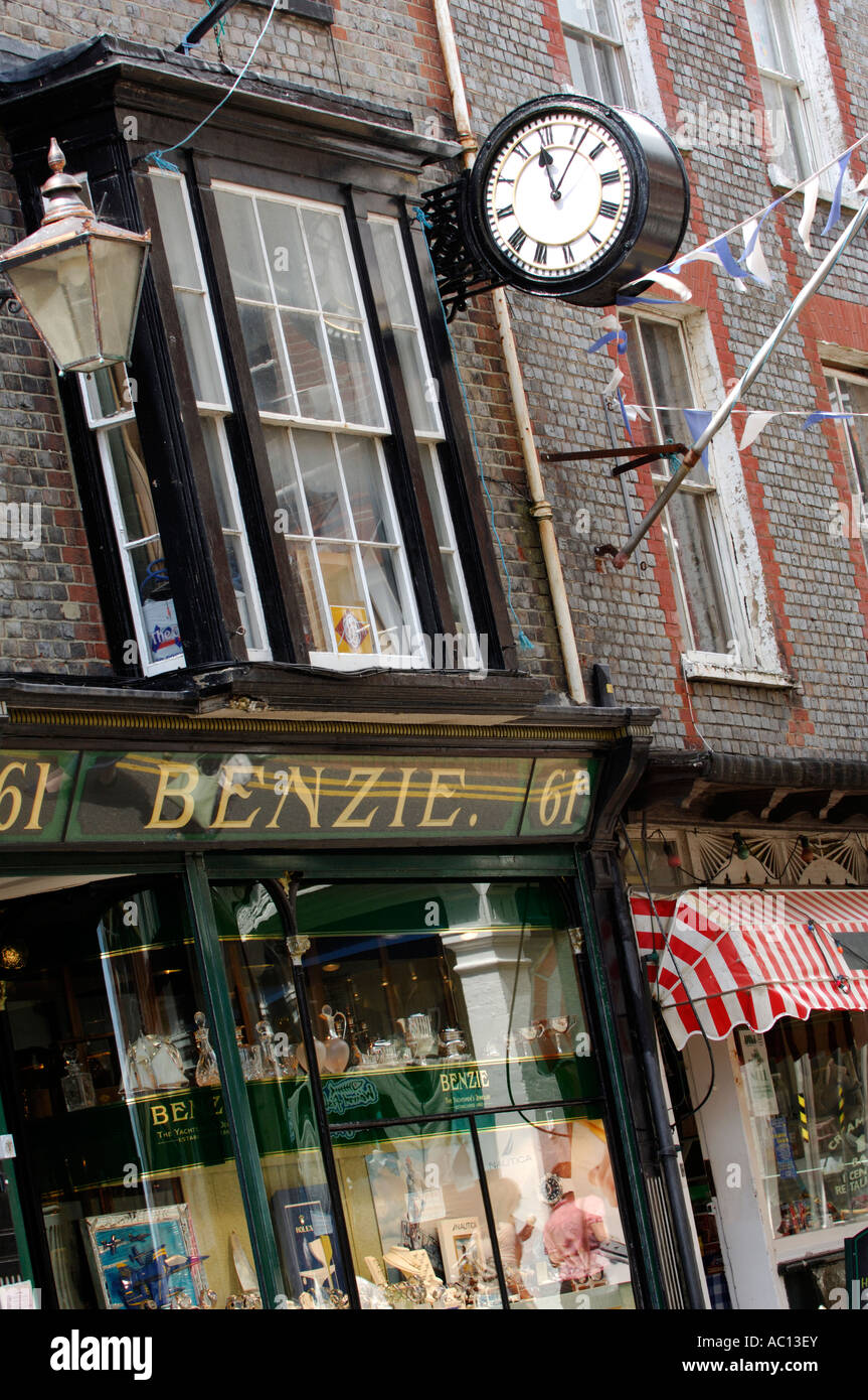 benzie jewellers in cowes on the isle of wight the yachtsmans jeweller - Stock Image