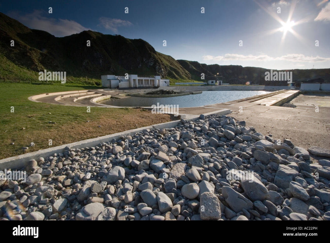 Abandoned 1930 S Outdoor Seawater Swimming Pool At Tarlair Near Stock Photo Alamy
