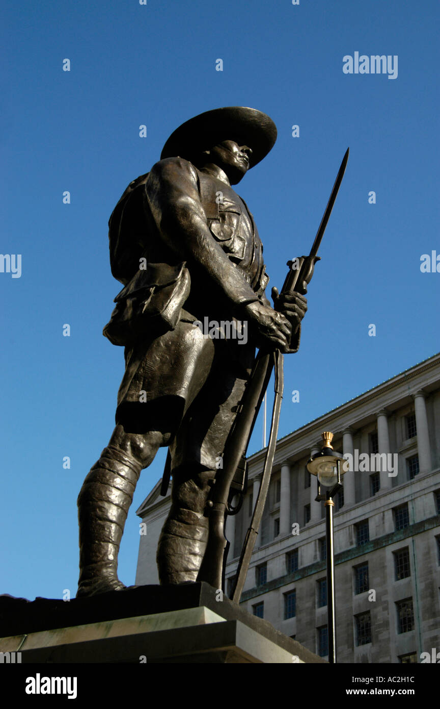 Statue of a Gurkha soldier a tribute to the British Army's Gurkha Regiment, Whitehall London England UK - Stock Image