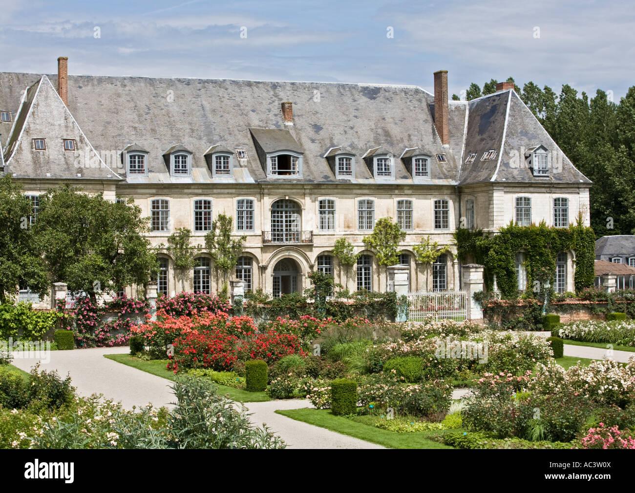 L'Abbaye et les Jardins de Valloires in france eu Stock Photo