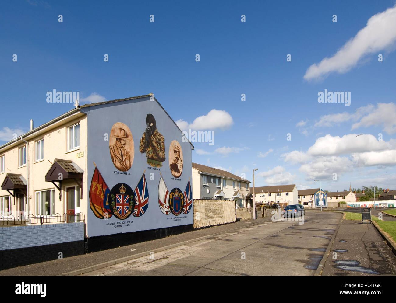 Loyalist sectarian murals Shankill Road Belfast - Stock Image