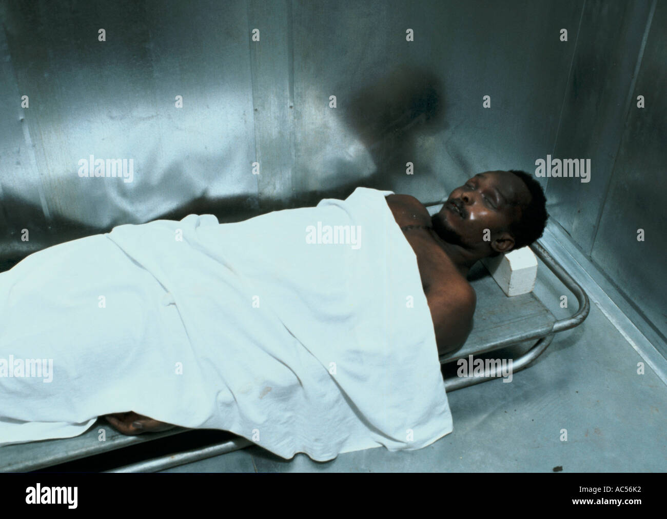 STEVE BIKO'S BODY IN THE GINSBERG SECTION OF KING WILLIAM'S TOWN 1977 Stock  Photo - Alamy