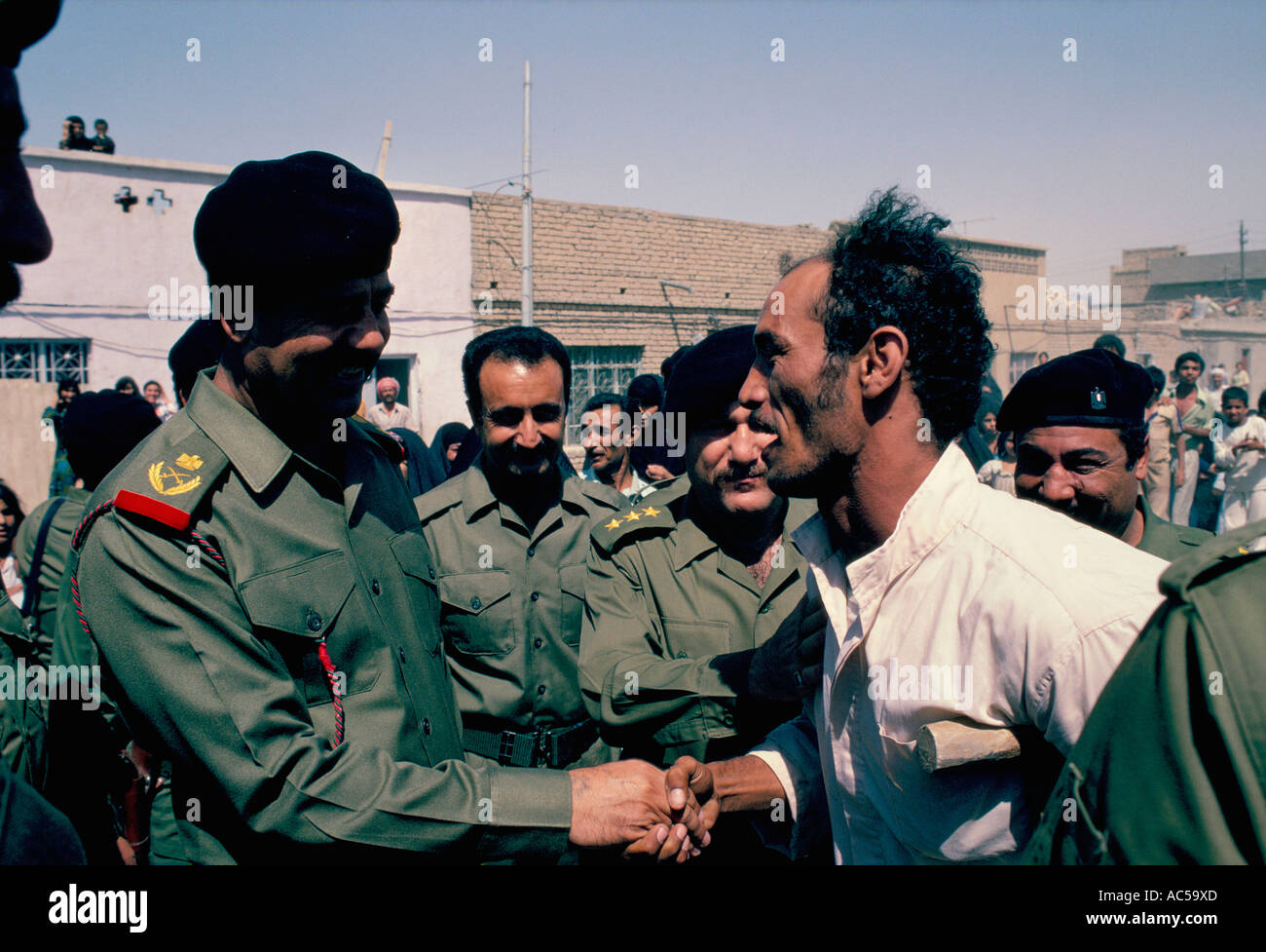 Saddam hussein i uniform i dag