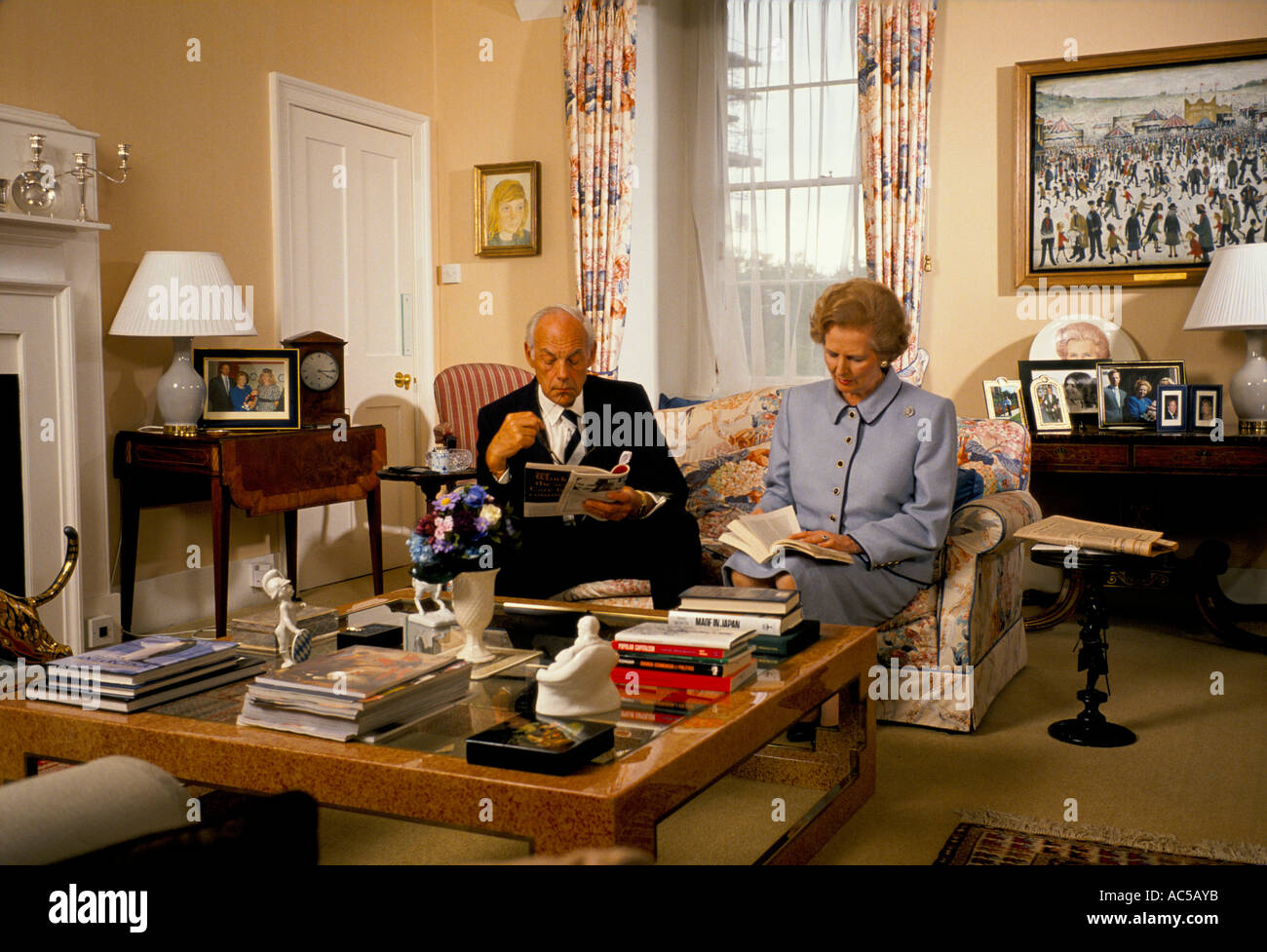 Margaret Thatcher In 10 Downing Street Margaret Thatcher