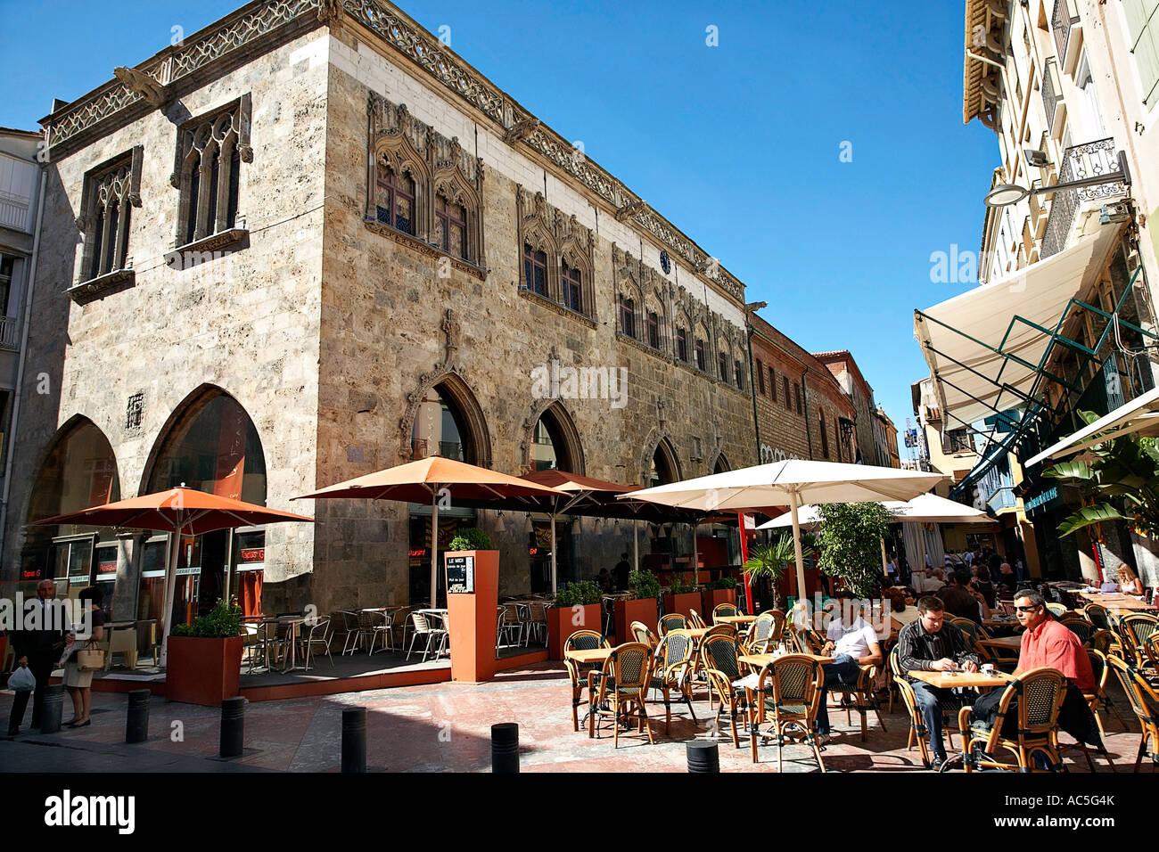 Place de la loge and loge de mer perpignan france stock photo 13048050 alamy - Mobile ch perpignan fr ...