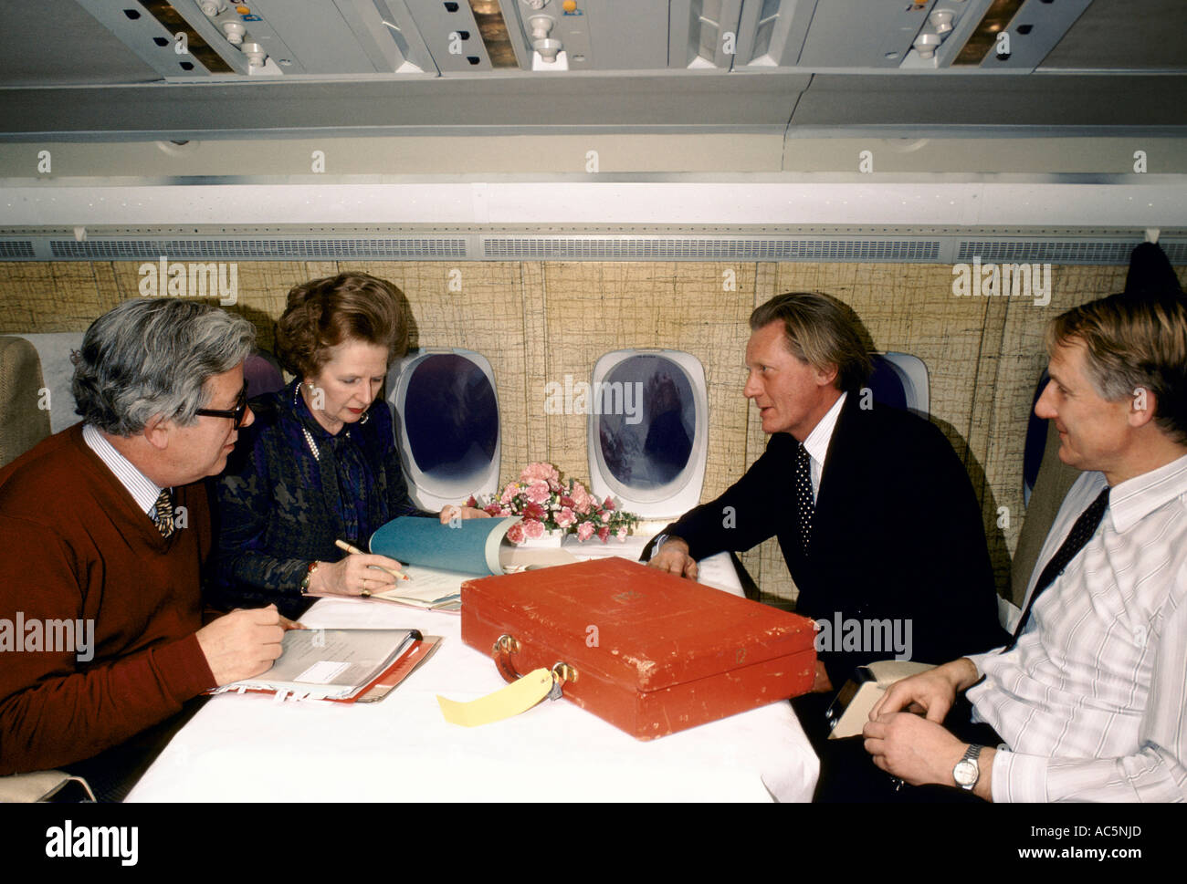 British Conservative Politicians L R Geoffrey Howe Prime Minister Margaret Thatcher Michael Heseltine - Stock Image