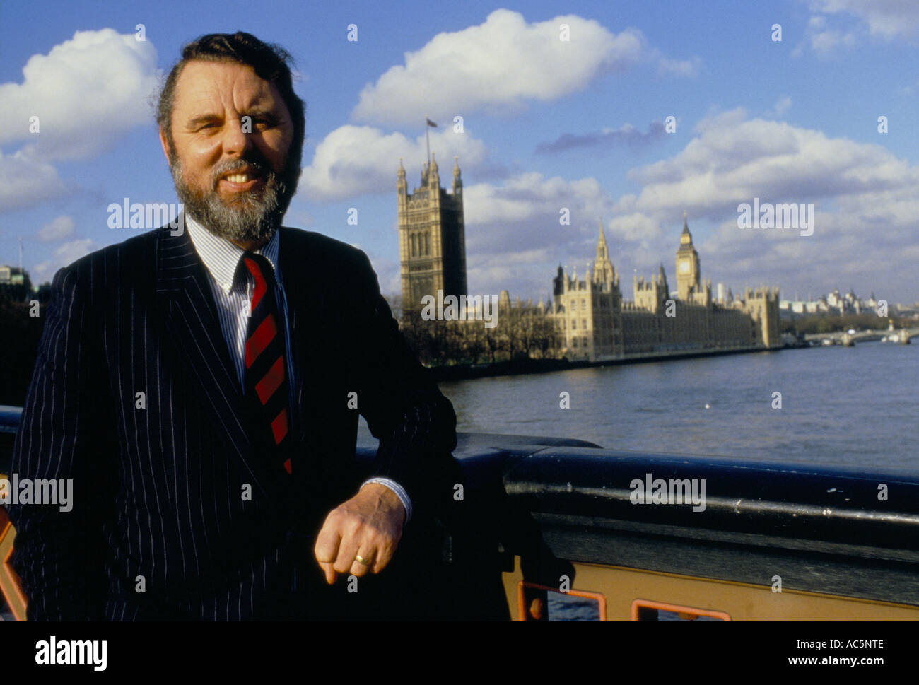 TERRY WAITE STANDS POSING BY THE HOUSES OF PARLIAMENT - Stock Image