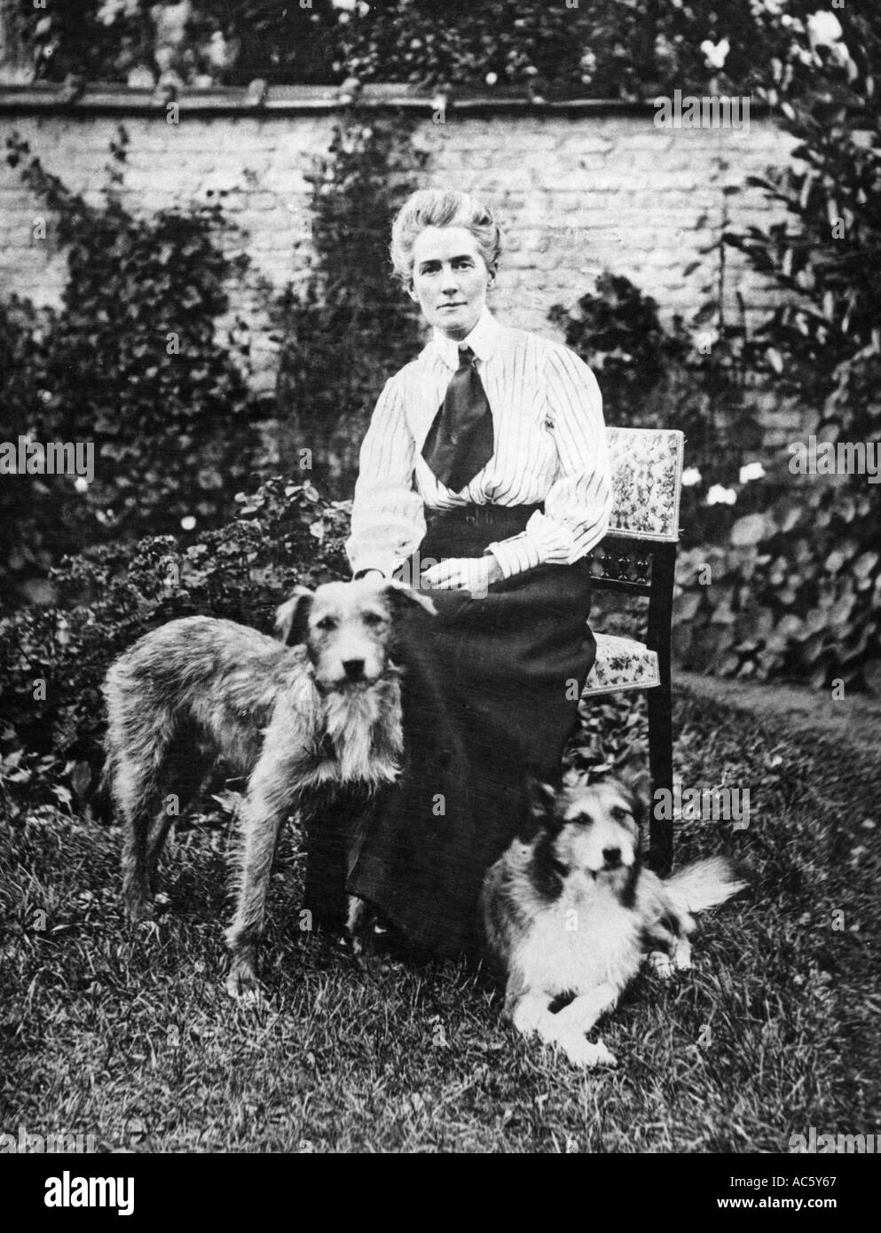 EDITH CAVELL British nurse shot by the Germans in WWi - Stock Image