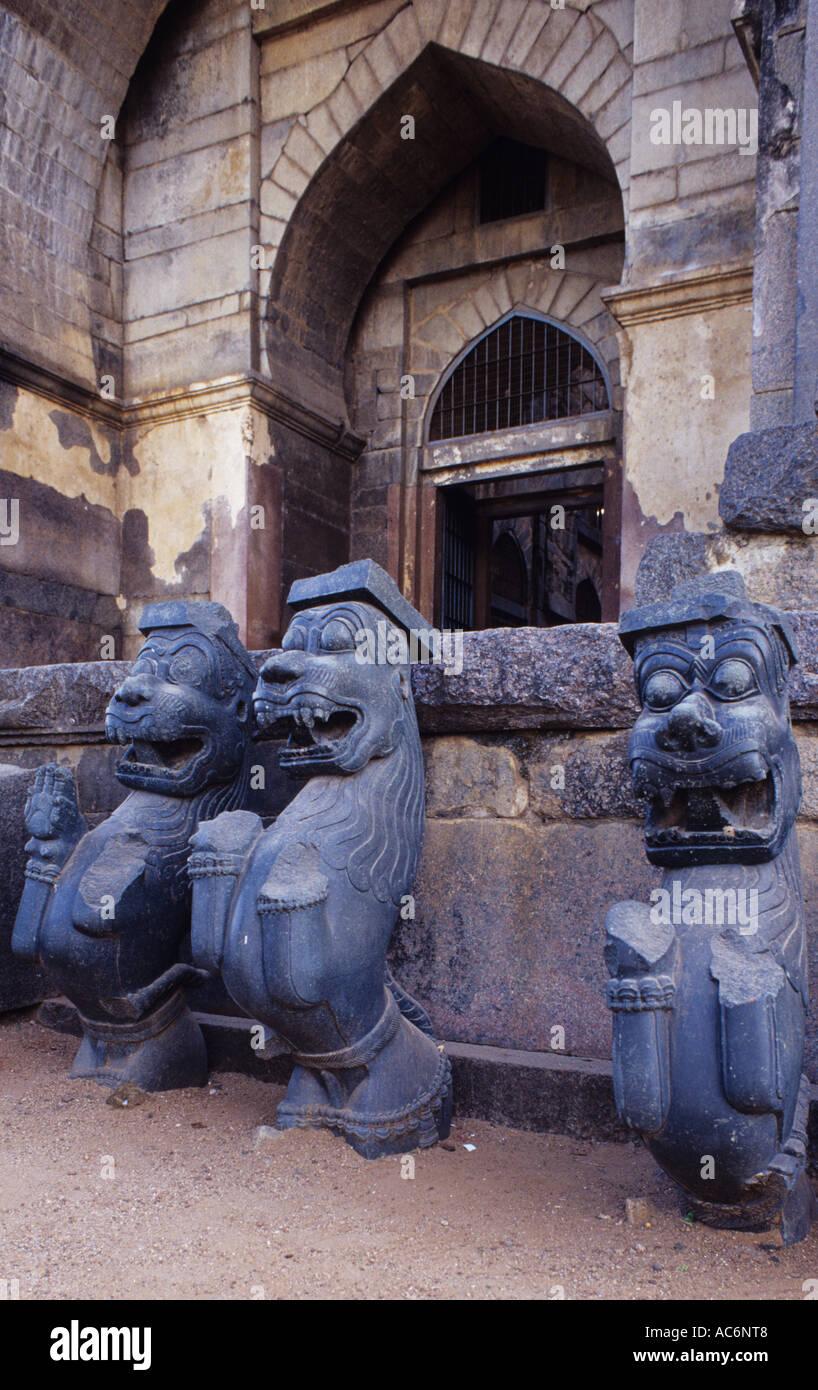 VYALIS ON DISPLAY AT KUSH MAHAL WARANGAL ANDHRA PRADESH - Stock Image