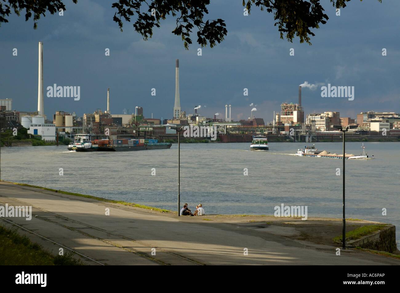 Chemical factory on the Lower Rhine, Krefeld-Uerdingen, Germany. - Stock Image
